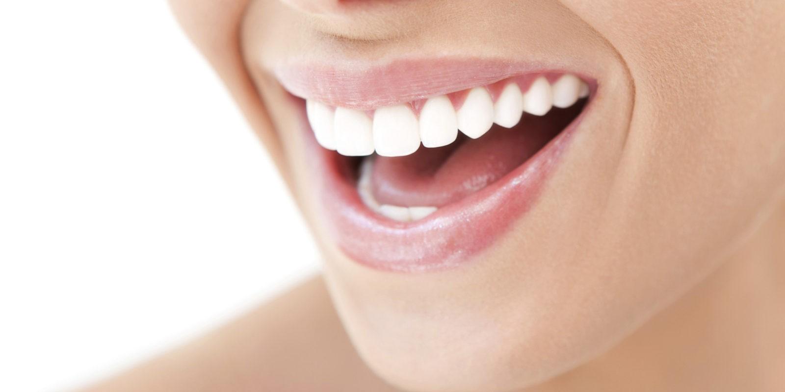 Candida orale: sintomi, cause, e terapia